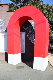 Big Magnet put outside Gallery to create a fake 'American Roadside attraction'